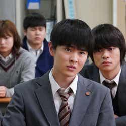 望月歩・今井悠貴/「3年A組 ―今から皆さんは、人質です―」第7話より(C)日本テレビ