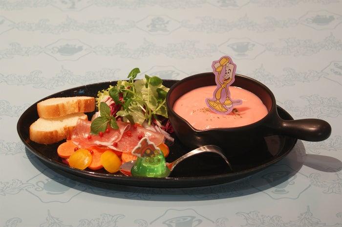 <Be Our Guest>晩餐会のおもてなしアラカルト1,990円(C)Disney