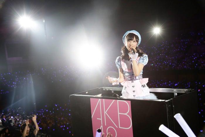 小栗有以「チーム8結成4周年記念祭 in日本ガイシホール しあわせのエイト祭り」夜公演(C)AKS