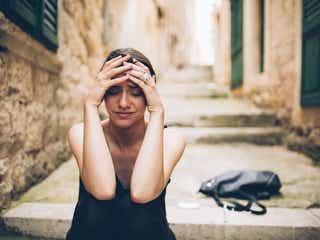 恋愛で心が苦しい時に気持ちを楽にする方法とは