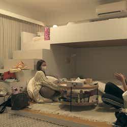 愛華、花「TERRACE HOUSE TOKYO 2019-2020」25th WEEK(C)フジテレビ/イースト・エンタテインメント