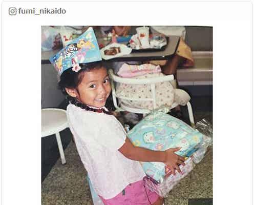 二階堂ふみ「真っ黒だった」幼少期の写真公開で反響「日焼け姿も新鮮」「やっぱり美少女」