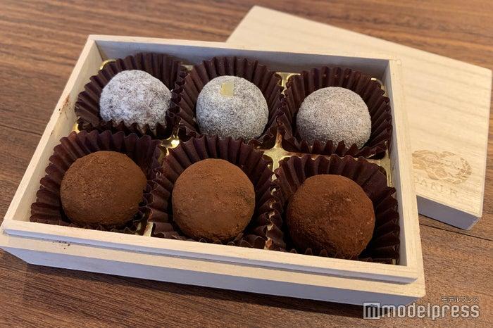 看板スイーツの「カカオが香るチョコレート・トリュフ」(C)モデルプレス