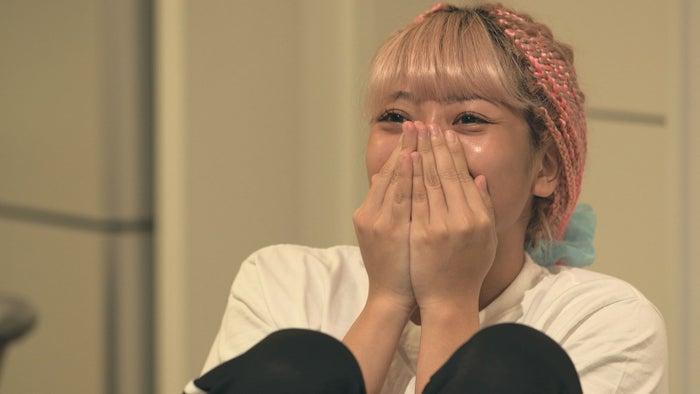 凌に会った瞬間の花「TERRACE HOUSE TOKYO 2019-2020」20th WEEK(C)フジテレビ/イースト・エンタテインメント(C)モデルプレス