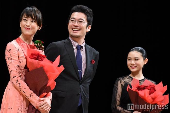 宮沢りえ、中野量太監督、杉咲花(C)モデルプレス