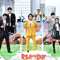 (前列左から)伊藤健太郎、北村匠海、山本舞香(後列左から)ブラザートム、浅香航大、DJKOO、加藤諒、栗原類 (C)モデルプレス