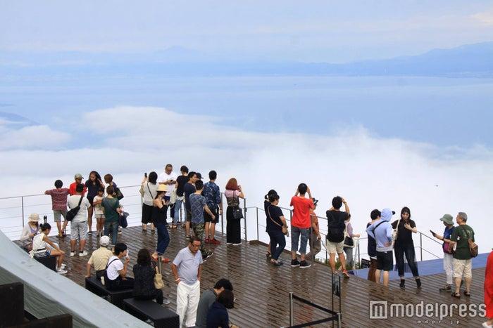 「びわ湖テラス」からの雲海/画像提供:びわ湖バレイ