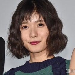 松岡茉優、ノーメイク&寝間着姿の先輩女優に遭遇「映さないで~!」