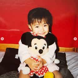 モデルプレス - 芸能活動一時休止中の宮澤佐江、幼少期ショットに絶賛相次ぐ 近況も報告