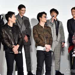 田中俊介(後列左から3番目)のトークに皆笑顔(C)モデルプレス