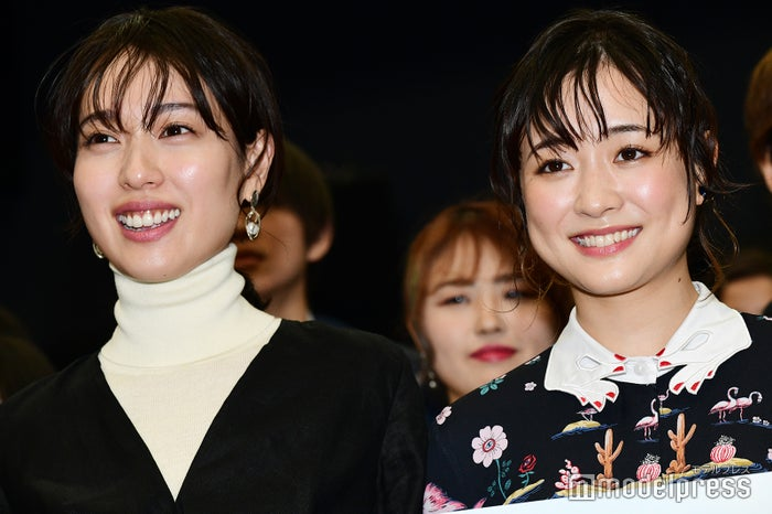 (左から)戸田恵梨香、大原櫻子 (C)モデルプレス