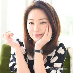 """モデルプレス - """"最高14誌掛け持ち""""モデル・真山景子、変わらぬ美しさの秘訣とは 40歳での""""青春""""語る<モデルプレスインタビュー>"""