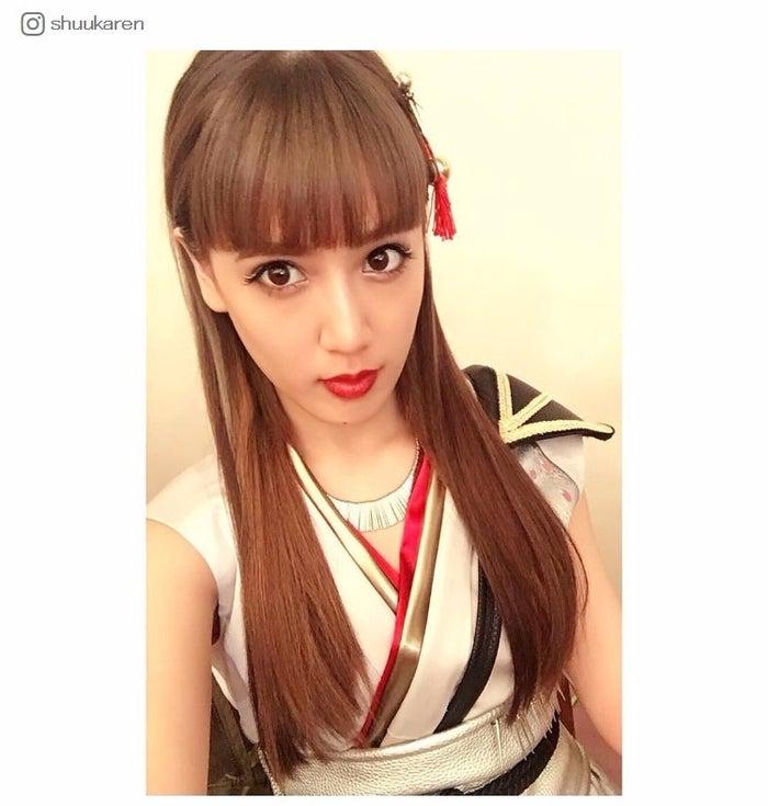 ロングヘアを披露した藤井夏恋/ShuuKaRen Instagramより