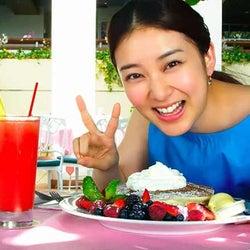 武井咲、ハワイで笑顔弾ける