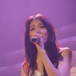 "JY(知英)が初ツアーで見せた""2度の涙""の理由…「大切な時間」「好きな人がいること」に注目"