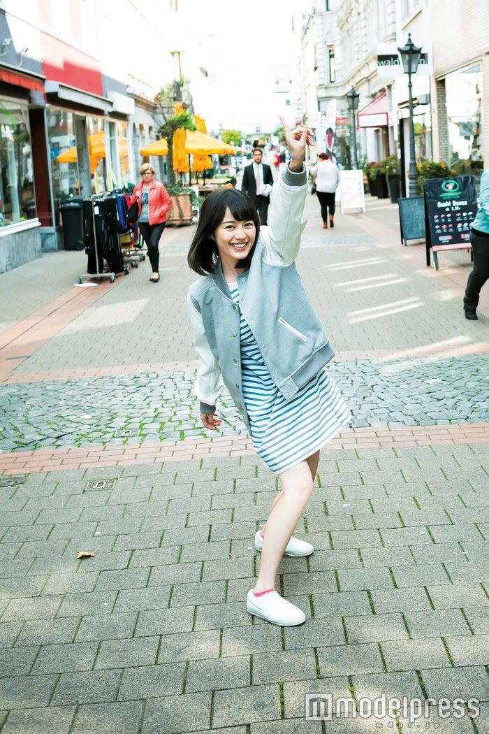 生田絵梨花ファースト写真集『転調』(C)細居幸次郎/週刊ヤングジャンプ