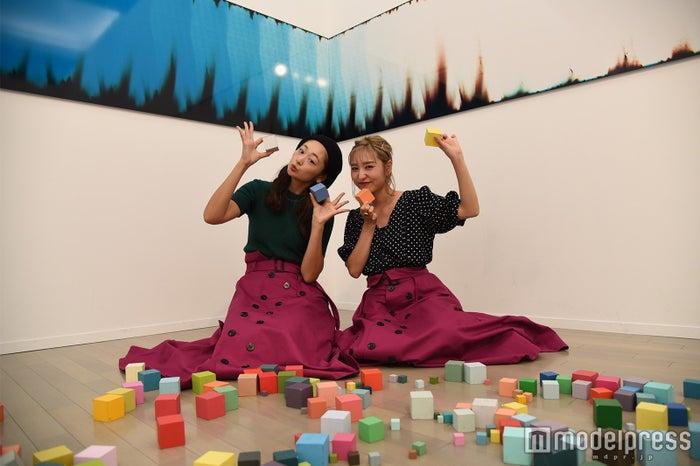 『痕跡証拠』展示風景(ブルームバーグ&チャナリン)(C)モデルプレス