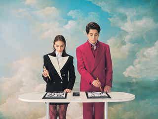 滝沢カレン、kemioとGUCCIスーツ姿で習字 「ViVi」初登場