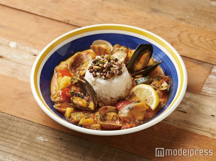10種の穀物と魚介のトマトリゾット¥1,120/画像提供:カフェ・カンパニー
