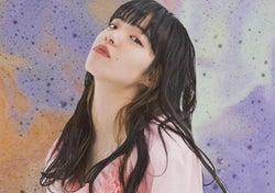 今注目の歌詞ランキング1位は、若い世代から絶大な支持を得る女性シンガーソングライターあいみょんの新曲