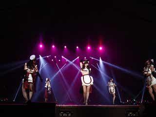 """℃-ute、網タイツのセクシーナースでハロウィンライブ!鈴木愛理 x SCANDAL""""一夜限定コラボ""""に「死んでもいいです」"""