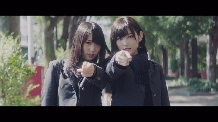 欅坂46「二人セゾン」ミュージックビデオより