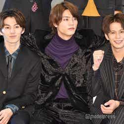 左から:矢部昌暉、板垣瑞生、森崎ウィン (C)モデルプレス