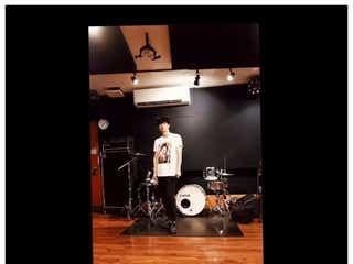 三浦春馬「TWO WEEKS」主題歌を熱唱&キレキレダンス動画に反響「かっこよすぎる」「天才」