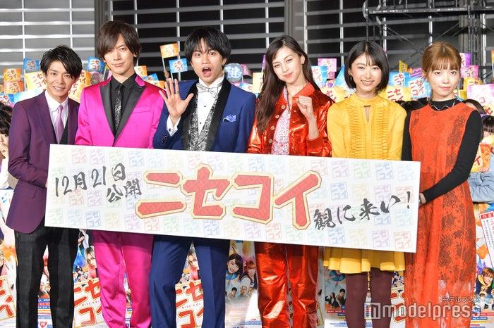 (左から)岸優太、DAIGO、中島健人、中条あやみ、池間夏海、島崎遥香(C)モデルプレス