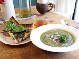 朝食を食べにわざわざ行きたい! SNSで話題の地中海・創作料理店『イトマ モーニング&ナイト』