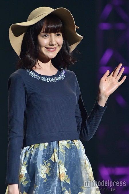 「神戸コレクション2015 A/W」に出演したトリンドル玲奈【モデルプレス】