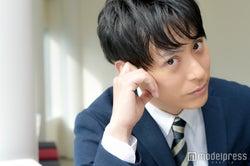 """三代目JSB山下健二郎、""""強烈""""合コンシーンに共感?「男の本能なんでしょうね」 緊張の初主演ドラマ、初恋の思い出も…<モデルプレスインタビュー>"""