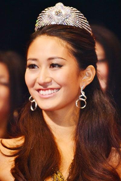 2011 ミス・ユニバース・ジャパンに決定した神山まりあさん(24)