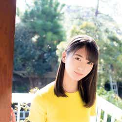 モデルプレス - けやき坂46小坂菜緒、圧倒的ビジュアルで初々しい表紙飾る