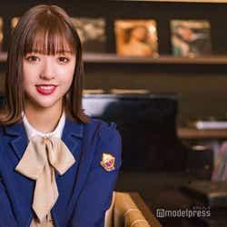 モデルプレス - 乃木坂46和田まあや、白石麻衣の秘密明かす<「しあわせの保護色」インタビュー>