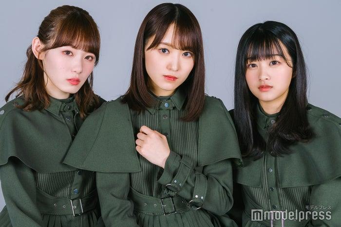 (左から)小池美波、菅井友香、原田葵(C)モデルプレス