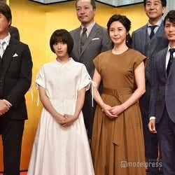 (左から)草刈正雄、広瀬すず、松嶋菜々子、藤木直人(C)モデルプレス