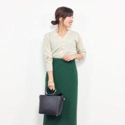 華やかなカラースカートで「さりげなくエレガント」が今の気分! オフィスカジュアルで楽しむキレイ色コーデ♪