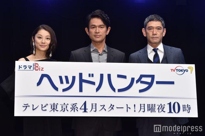 (左から)小池栄子、江口洋介、杉本哲太(C)モデルプレス