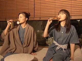 指原莉乃、小島瑠璃子完全プロデュースで初の2人旅 お色気ショットも放出