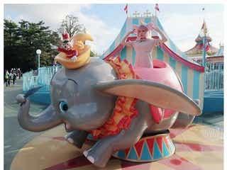 ピンク髪の益若つばさ、ディズニーランドに馴染みすぎ「現実世界では浮くので注意」