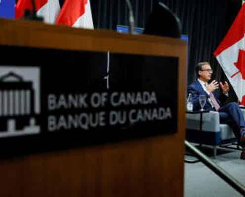 カナダ中銀、早期利上げ示唆 経済成長堅固で量的緩和終了へ