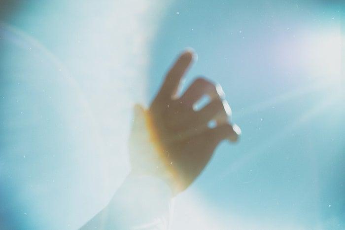 7.好きな芸能人の夢:現実逃避していることの表れ/photo by ぱくたそ