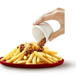 マックポテトにチーズボロネーゼソースをオン!コクをプラスする新ソース登場