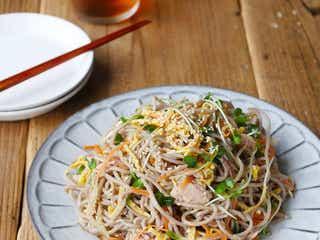 レンジでパパっと!「さっぱり中華風そばサラダ」の作り方