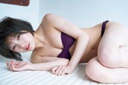 岡田奈々(C)岡本武志/週刊プレイボーイ