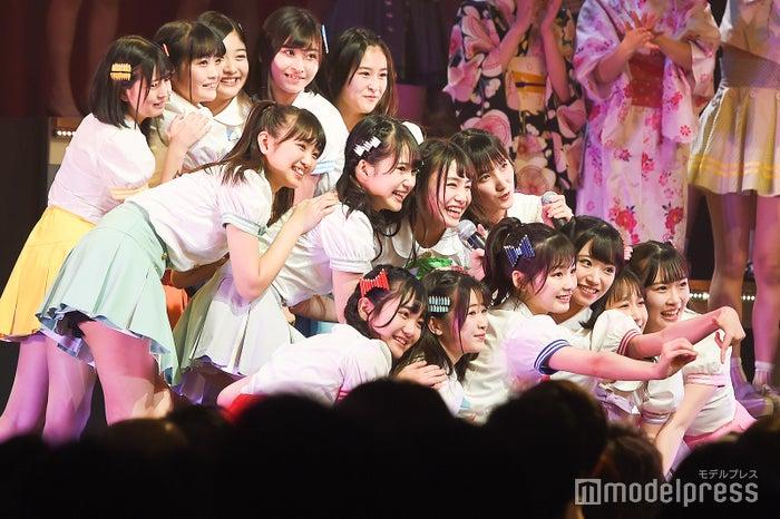 16期生「AKB48グループリクエストアワー セットリストベスト100 2019」 (C)モデルプレス