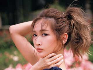 紗栄子、ディオールドレスで美バスト&美背中あらわ