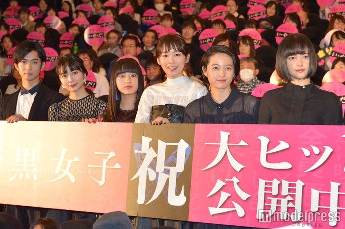 映画「暗黒女子」初日舞台あいさつ(C)モデルプレス