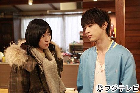 (左から)西田尚美、吉沢亮
